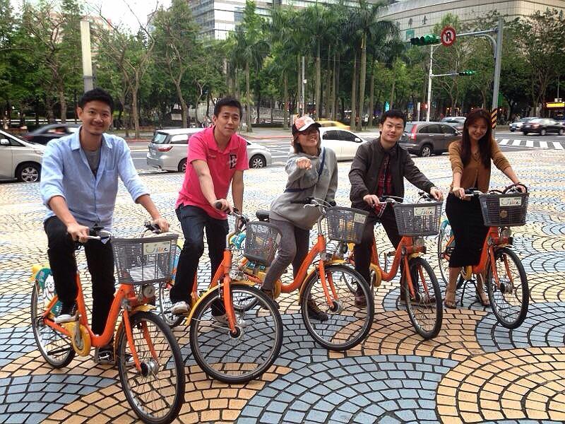 利用 YouBike 騎單車輕鬆當個「台北人」