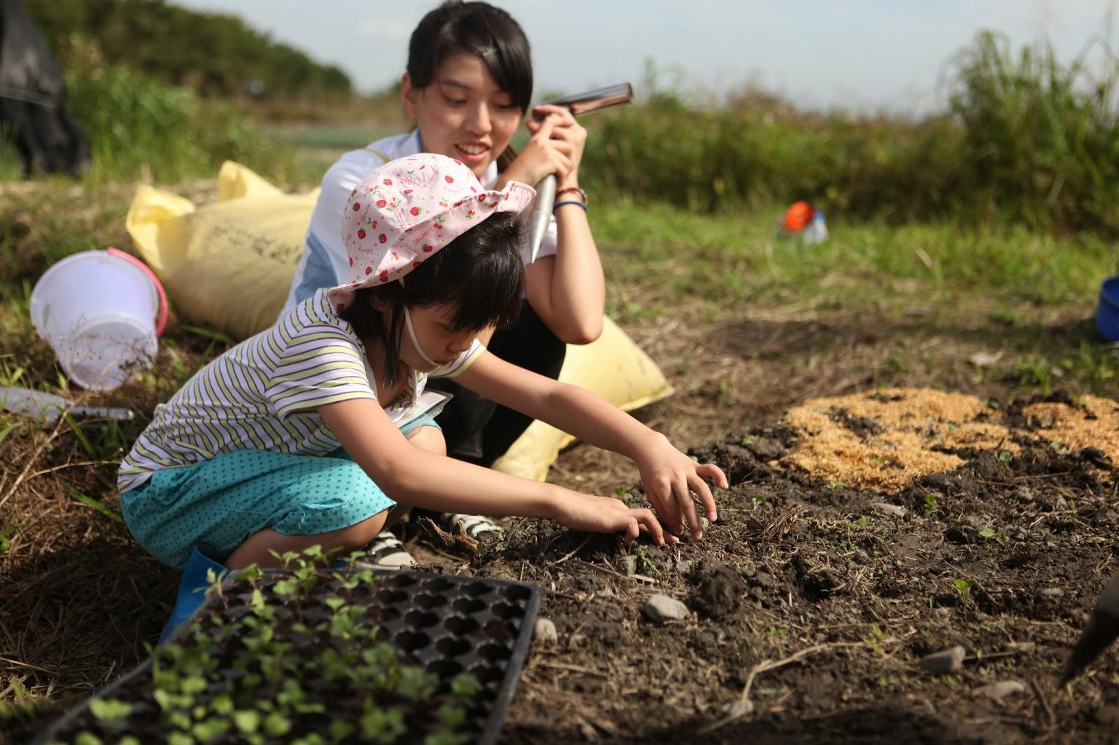 向農夫學習,帶著孩子下田去