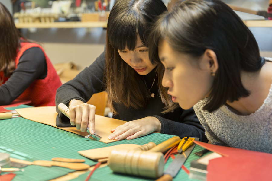 【台北皮革手作課程|Hsu & Daughter】自己打造專屬皮件包包,成就感爆表!