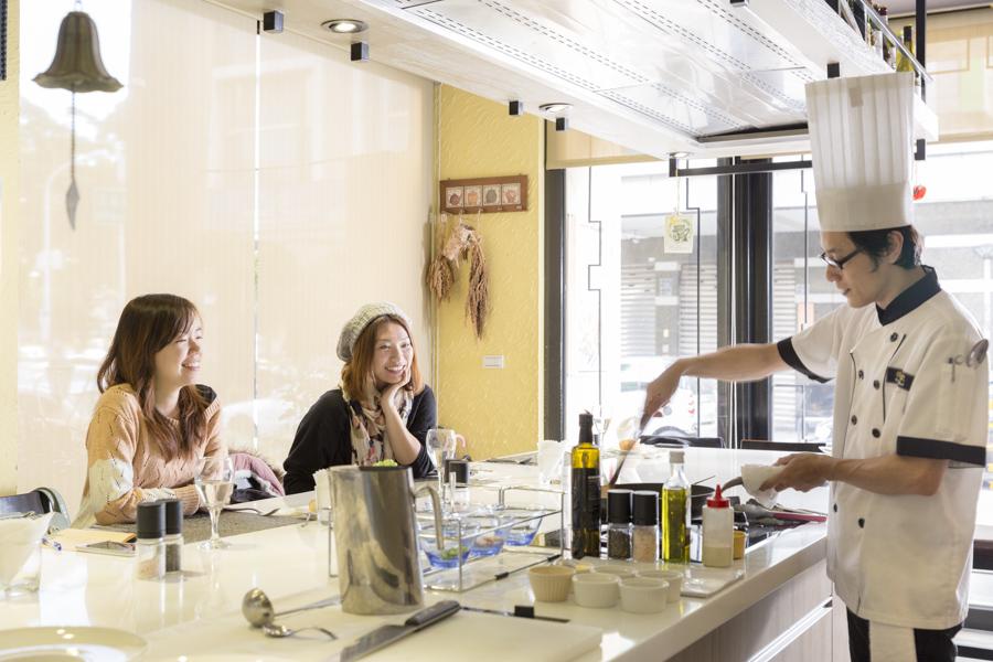 台中 新月廚房 私廚無菜單料理 廚藝教室好漂亮