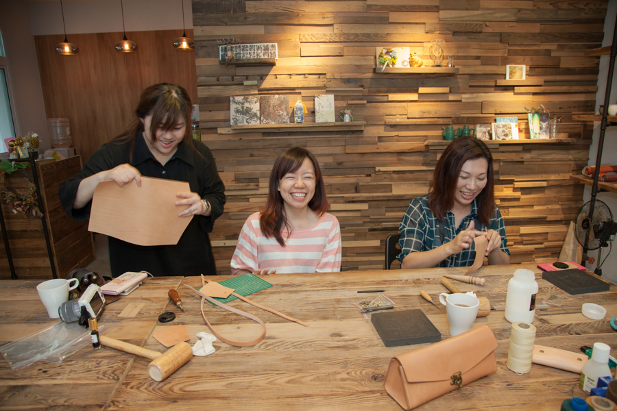 台中 革事件by Niceday玩體驗 在好事空間自己DIY自己的質感真皮包