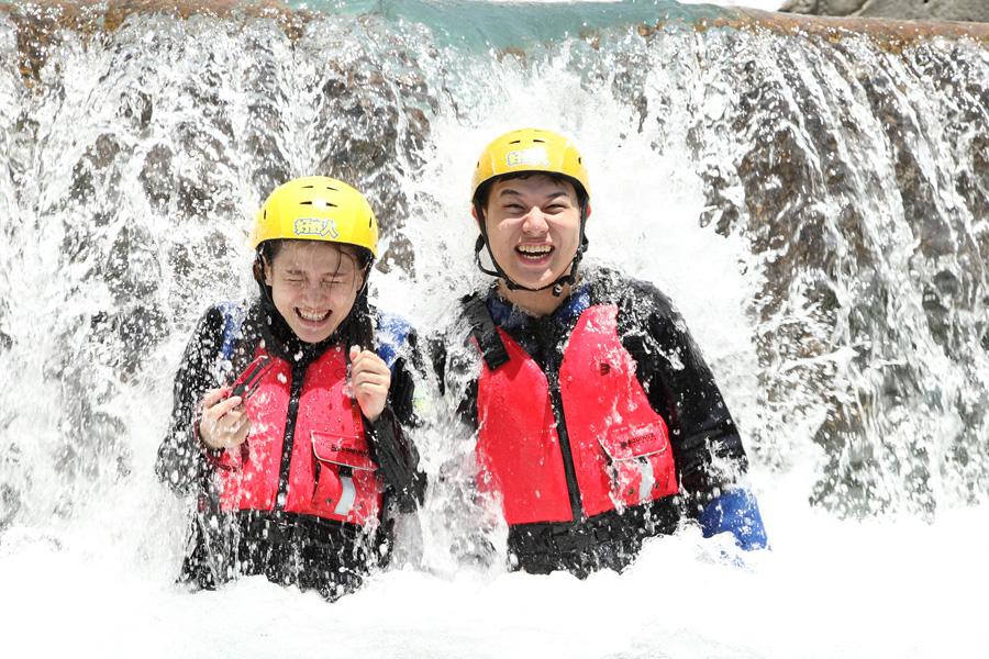 【來去花蓮】砂婆礑溪溯溪初體驗;絕對不能錯過的夏日活動!