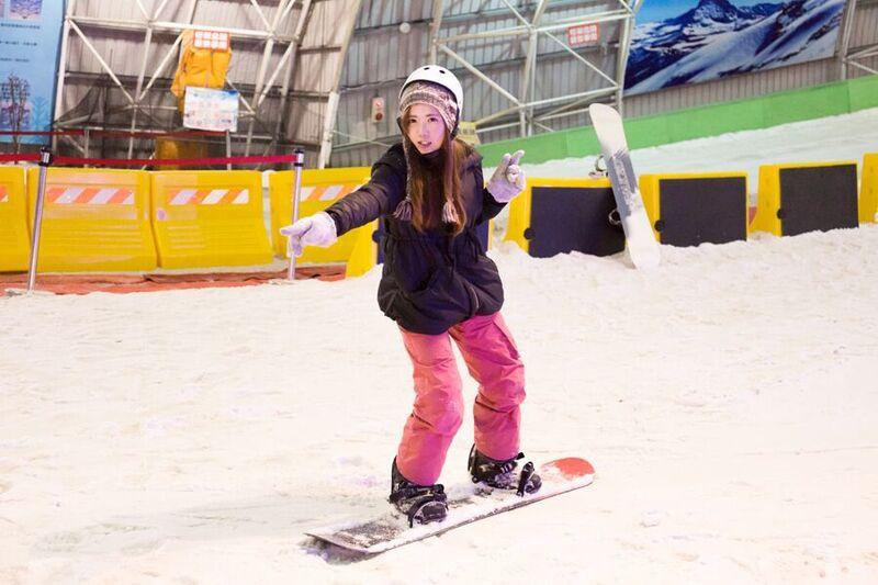 在台灣也可以滑雪 Snowboard Ski教學 新竹小叮噹主題樂園