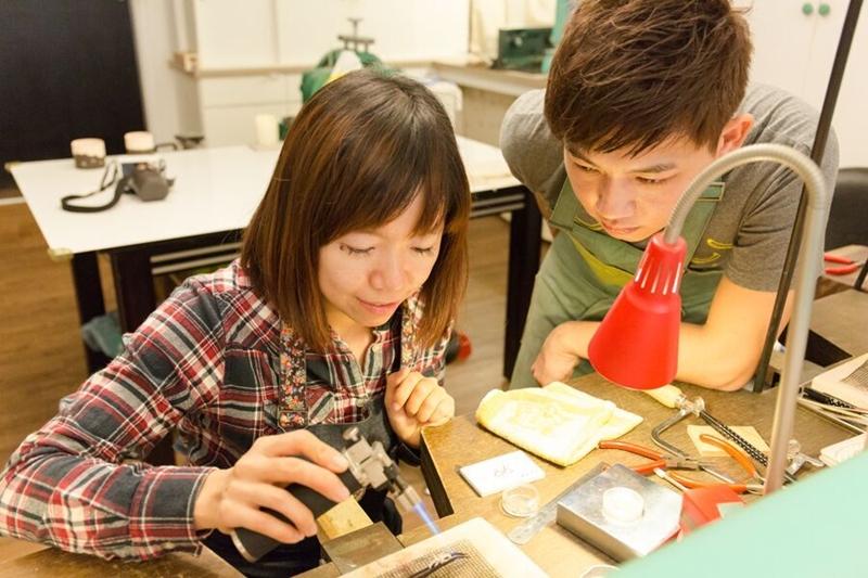 【台中Chichic七柒金工】 自己DIY項鍊/手環/戒指送禮超適合,還有超美的手作陶器喔!