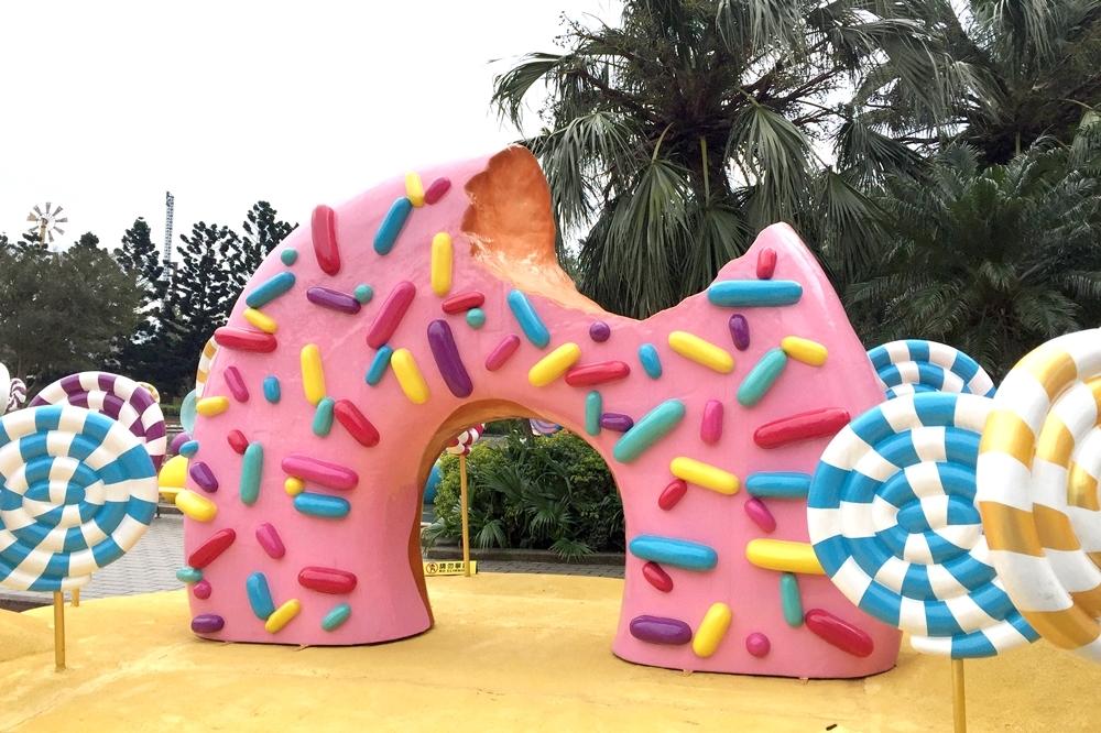 走春必遊!六福村推「甜蜜魔宮」 巨型棒棒糖、甜甜圈夢幻登場