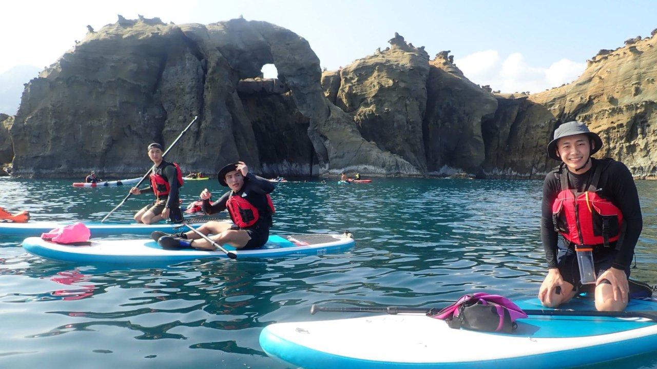 基隆象鼻岩最夯秘境划 SUP 立槳,體驗從海上欣賞象鼻岩
