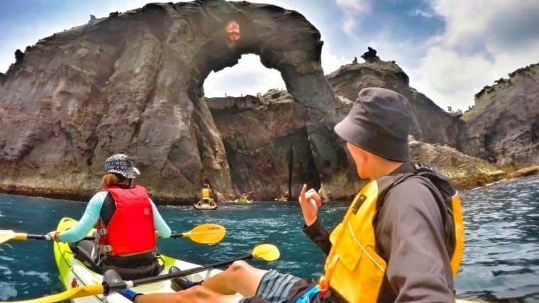 山水漾基隆象鼻岩最夯秘境划獨木舟+浮潛體驗|戒護艇帶領你 Fun 心玩水