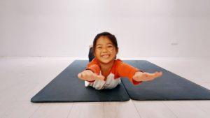 親子瑜珈 : 兒童瑜珈:增進身體協調性