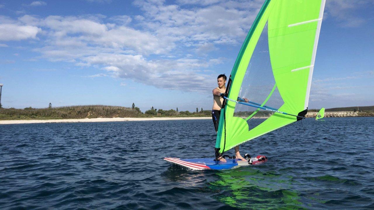 風浪板體驗 享受乘風破浪的快感