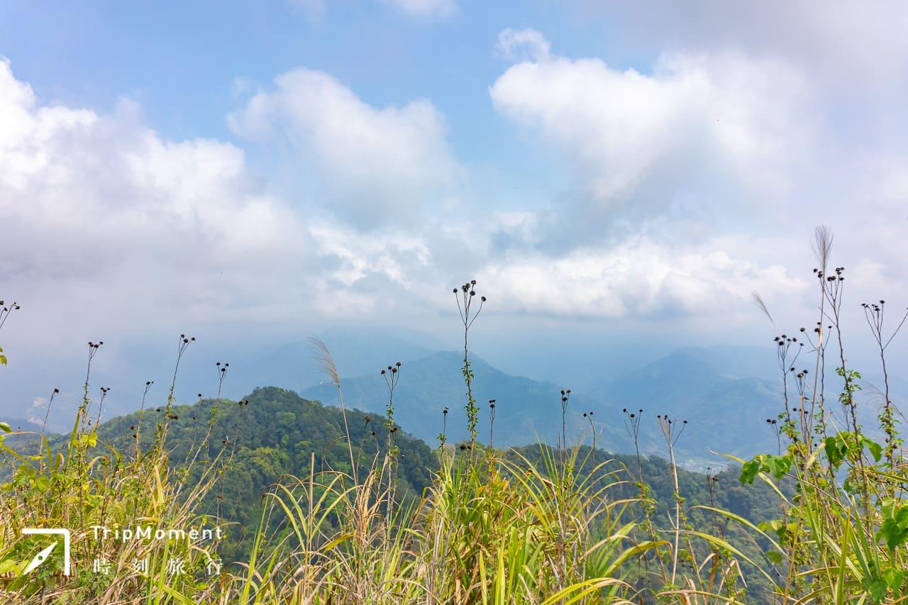 苗栗.馬拉邦山|四季皆美「小百岳」怎麼去,路線長度與景點整理。景點登山步道賞青楓、客家老街嚐美食